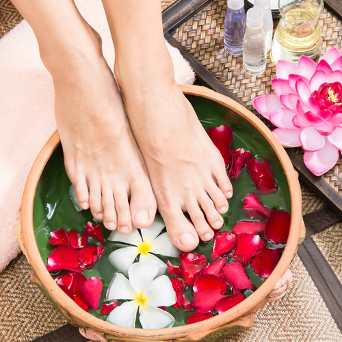 NATURAL NAIL PEDICURES